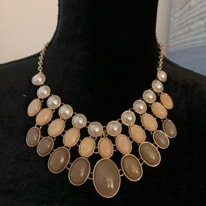 Classy necklace for any occasion by NY